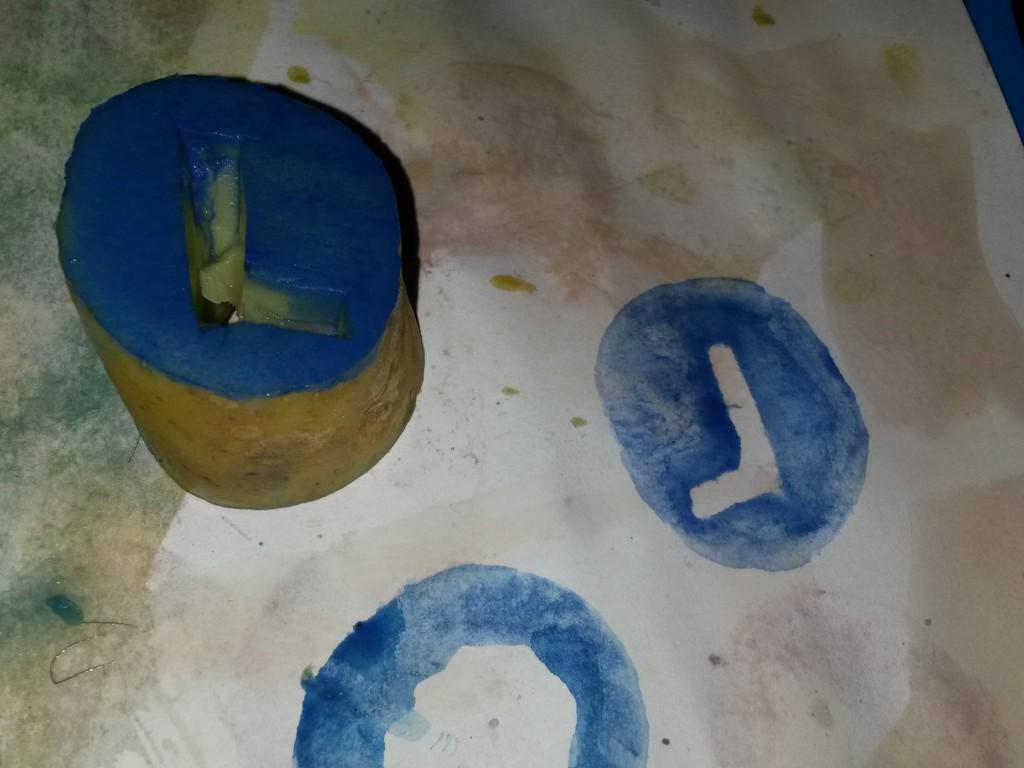 peinture avec des légumes lettre L