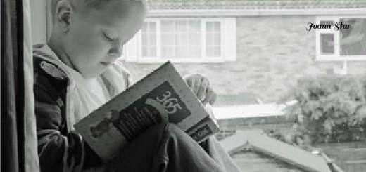 un adulte va lire un livre pour se distraire un enfant va lire un livre pour se construire