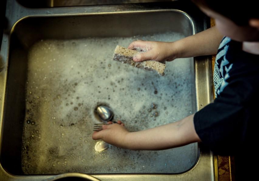 demander aide aux enfants ménage
