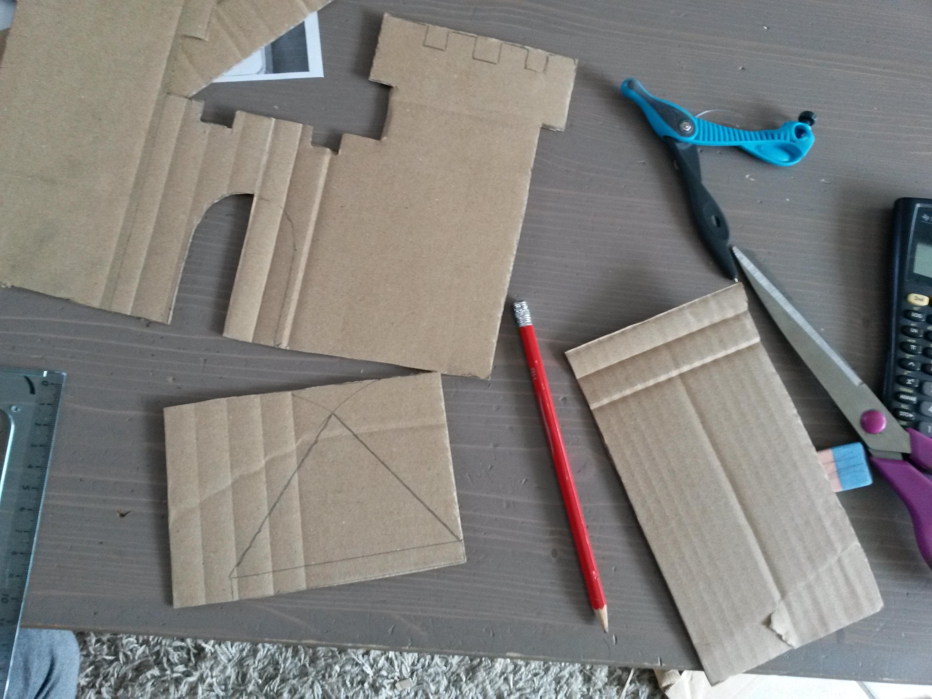 3 constructions en carton faire avec les enfants - Fabriquer une cloche en carton ...