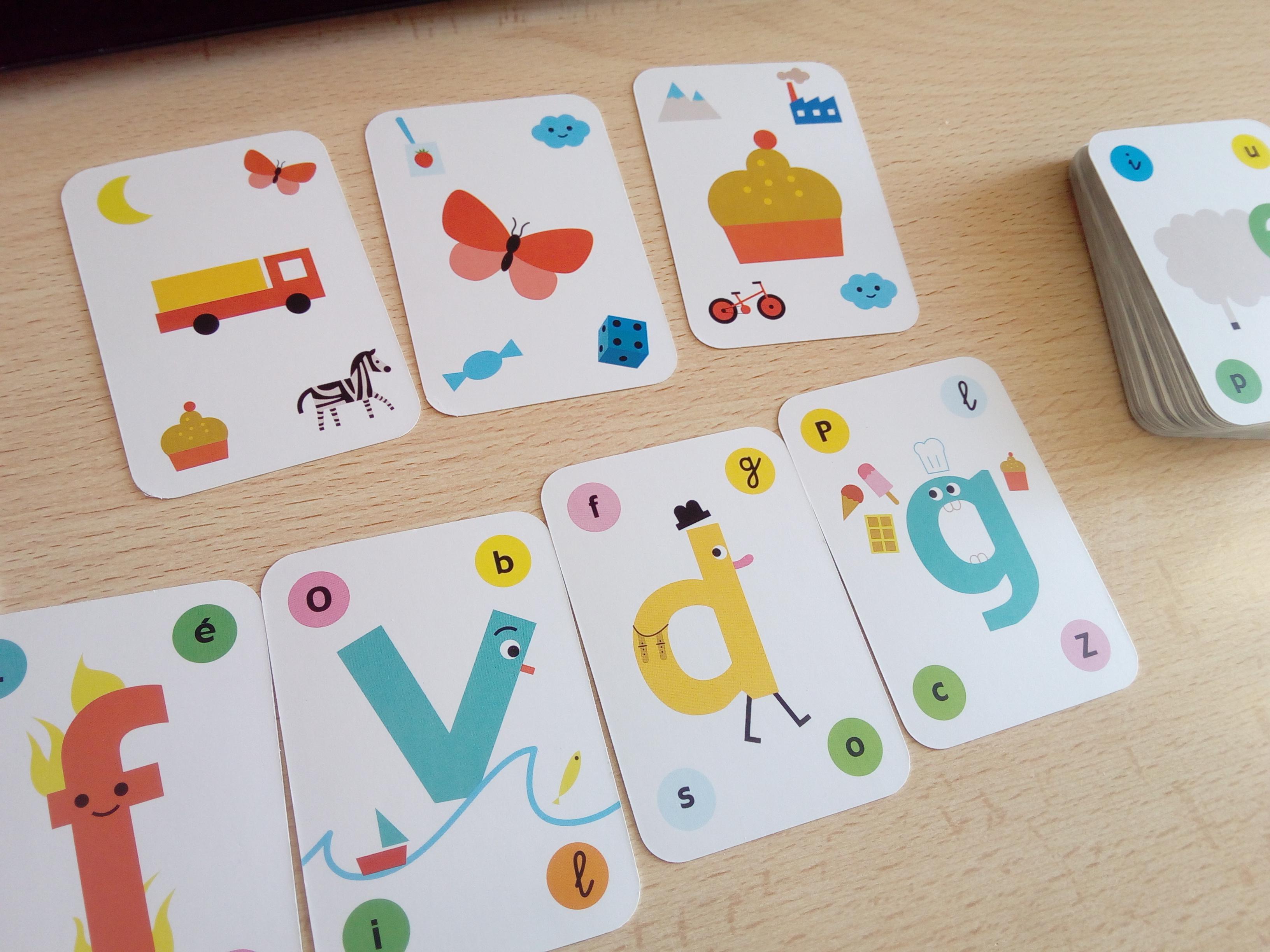 quel jeu deux avec cartes rami. Black Bedroom Furniture Sets. Home Design Ideas