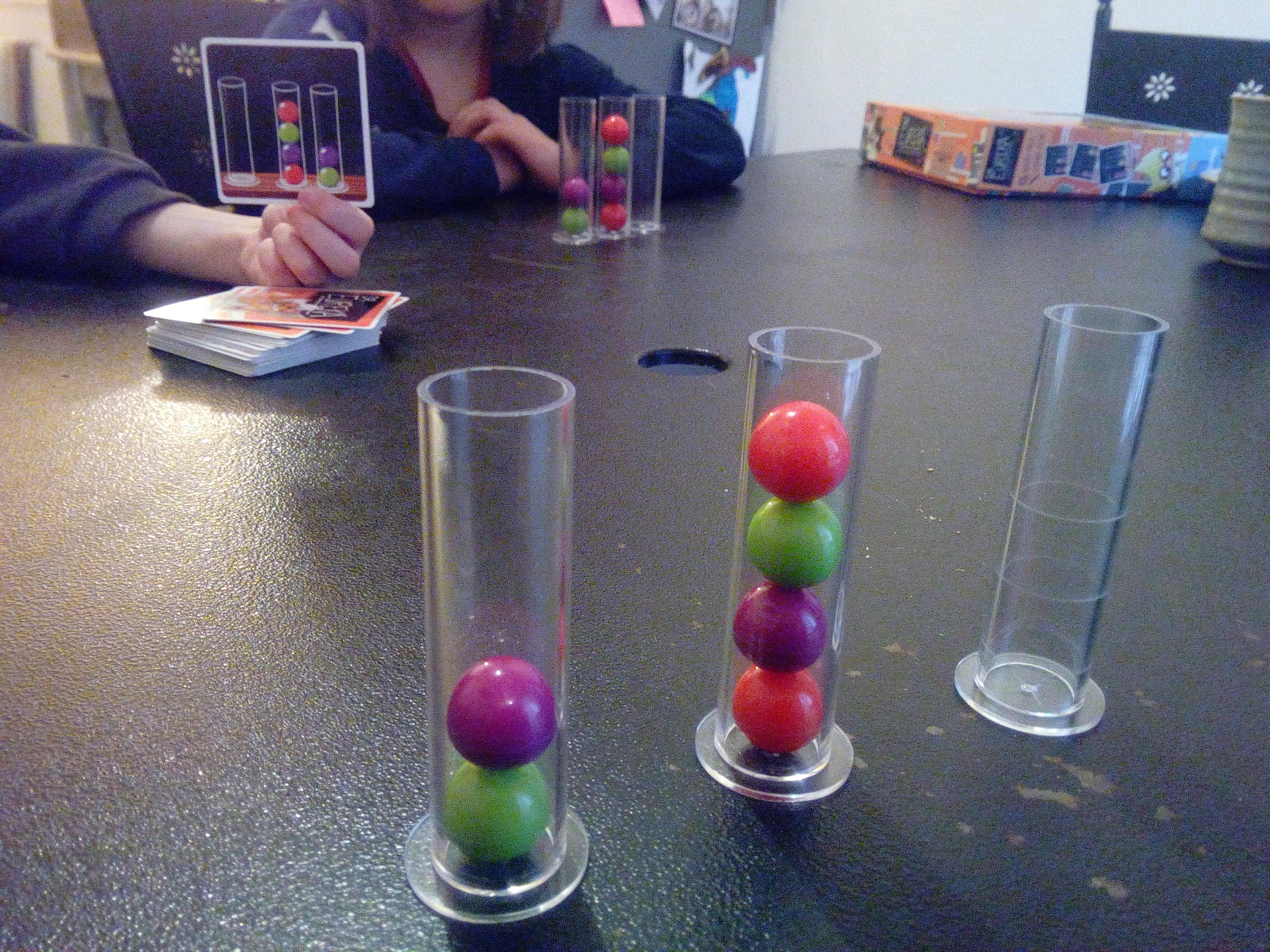 jeu enfant logique stratégie