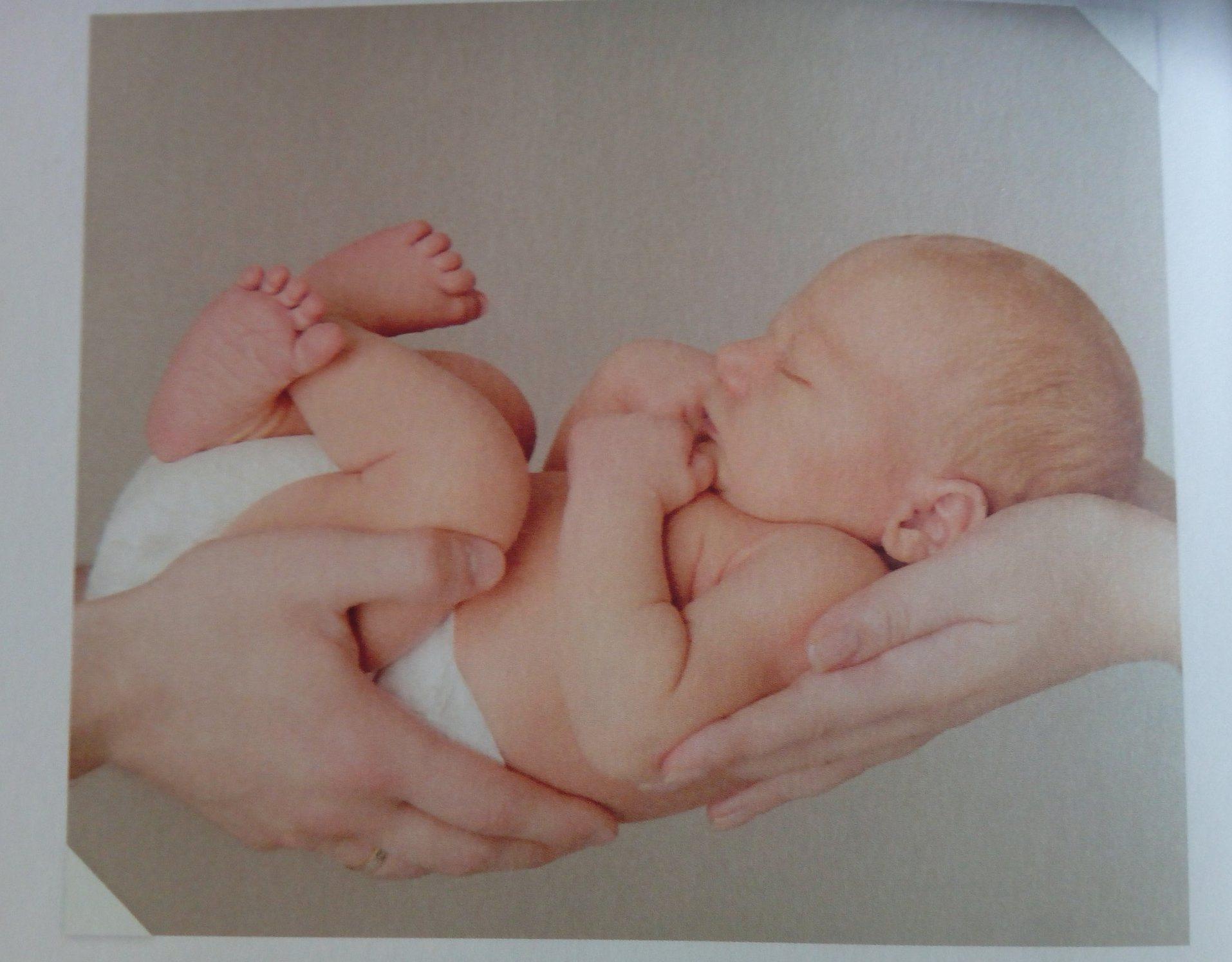position contenante bébé