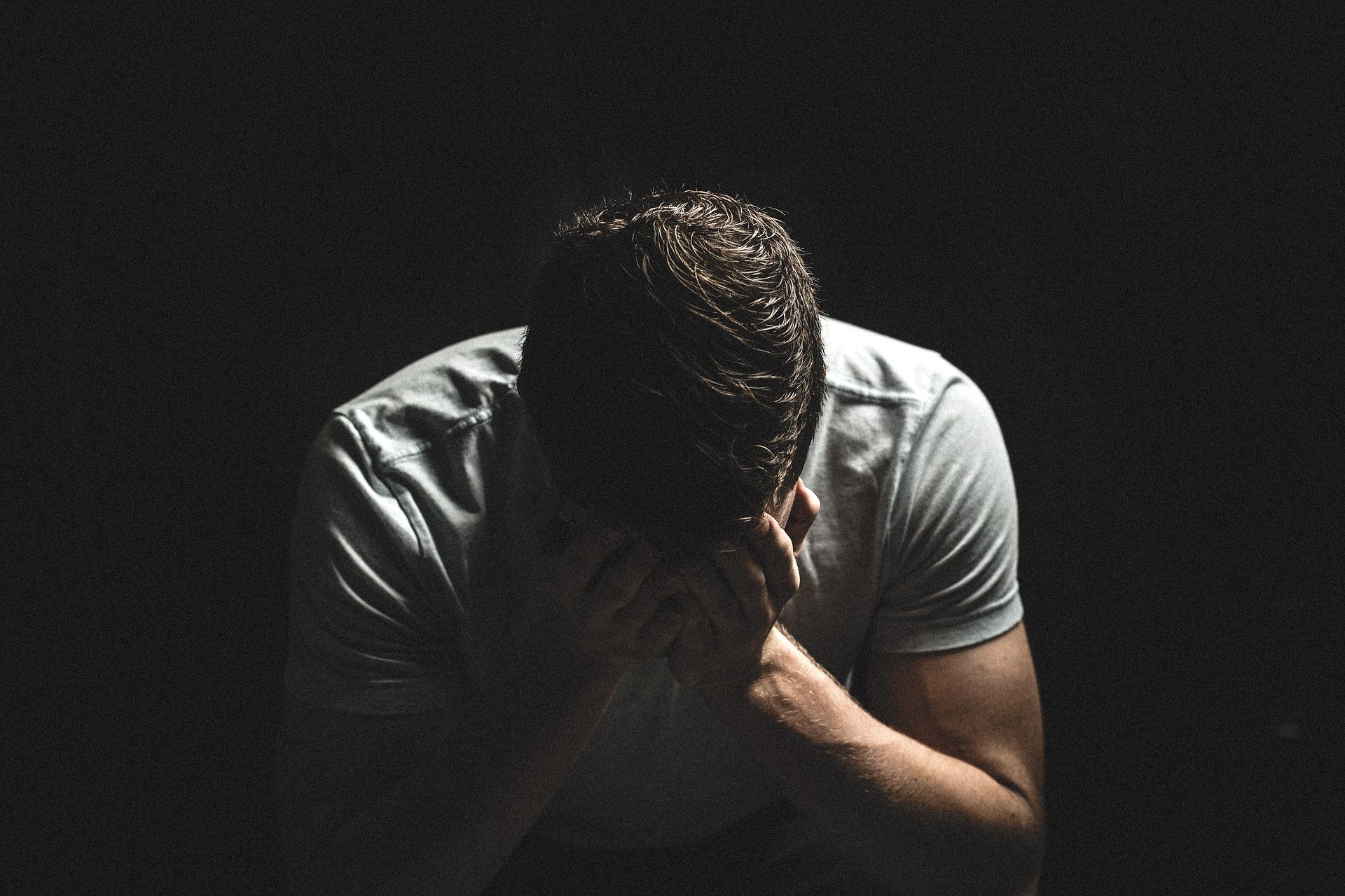 Les blessures qu'on s'inflige à nous-mêmes