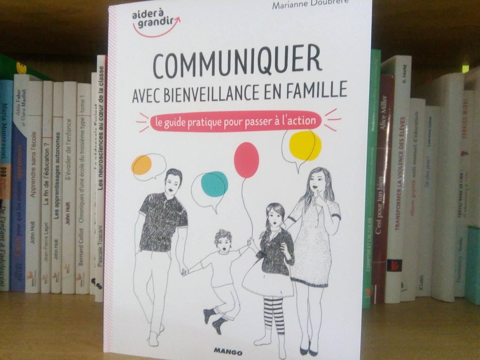 livre communiquer avec bienveillance famille