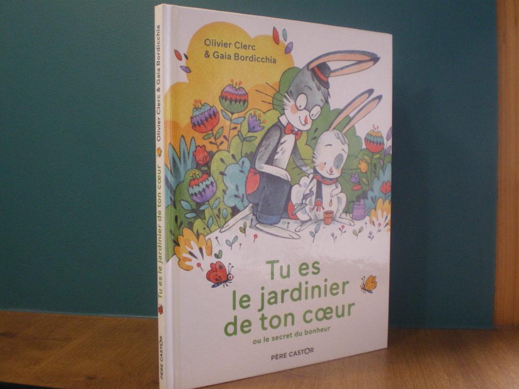 livre enfant jardin intérieur